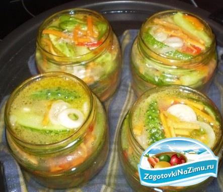 Рецепт: Салат из огурцов на зиму «Зимний король» на