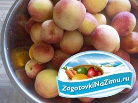 Персиковое варенье с корицей, лимоном и цукатами корня имбиря. Рецепт с фото