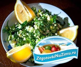 Зеленый салат с яйцом – просто и вкусно