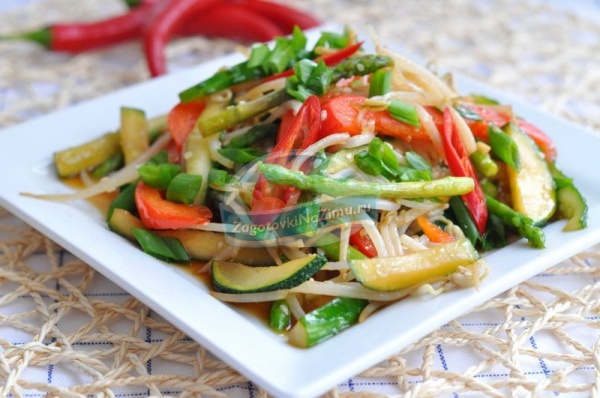 рецепт салата на зиму с рыбой и овощами