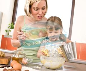Ребенок готовит сам: рецепты простых блюд